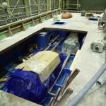 20151106新「緑洋丸」建造状況(エンジンの取付)