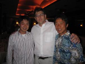 晩餐会にて、左から筆者、Browman博士、益田所長
